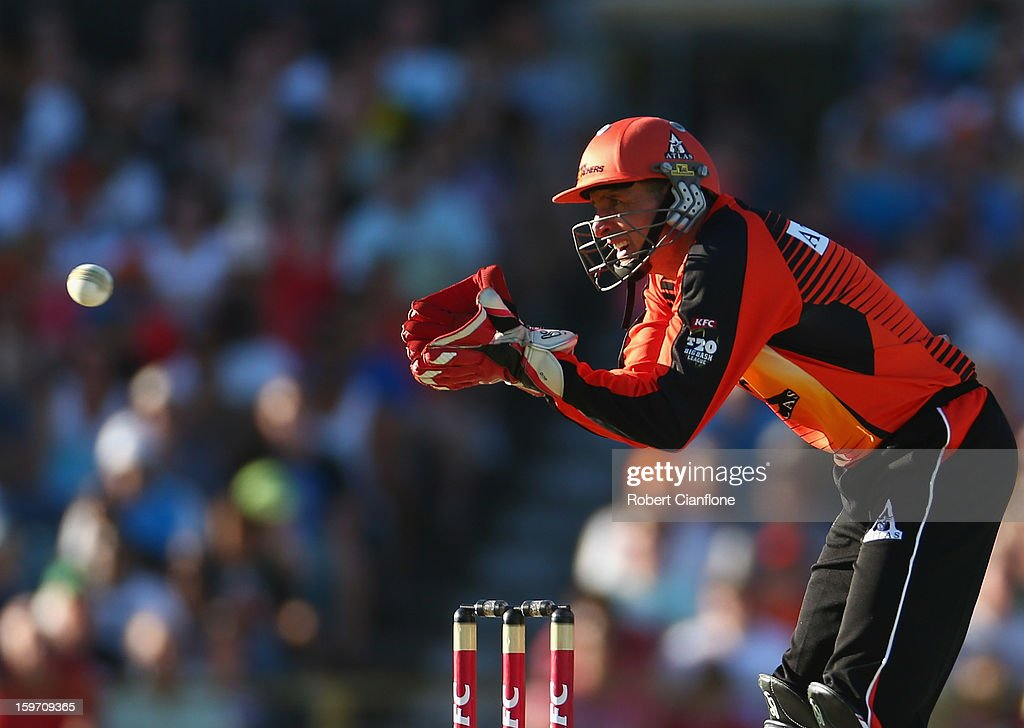 Michael Hussey of the Scorchers wicketkeeps during the Big Bash League final match between the Perth Scorchers and the Brisbane Heat at WACA on January 19, 2013 in Perth, Australia.