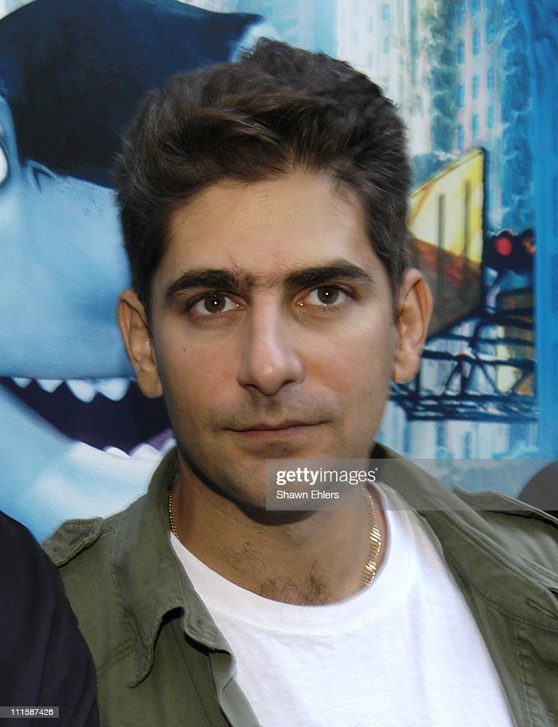"Michael Imperioli and Vincent Pastore Promote ""Shark Tale"" with a In-Store Appearance"