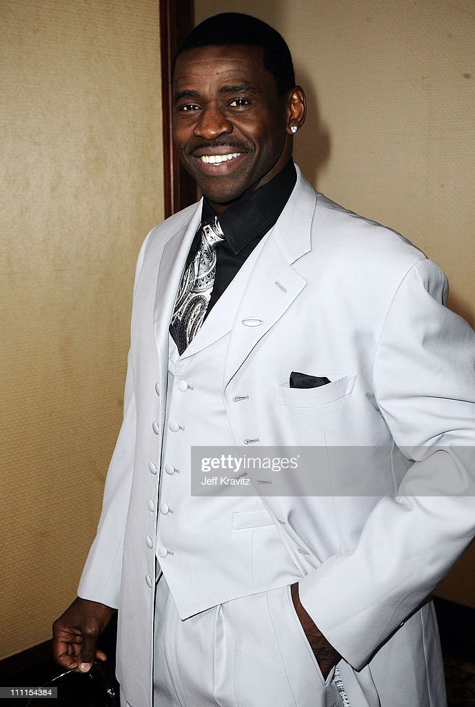 <a gi-track='captionPersonalityLinkClicked' href=/galleries/search?phrase=Michael+Irvin&family=editorial&specificpeople=218074 ng-click='$event.stopPropagation()'>Michael Irvin</a> arrives at the 25th Anniversary Of Cedars-Sinai Sports Spectacular held at Hyatt Regency Century Plaza on May 23, 2010 in Century City, California.