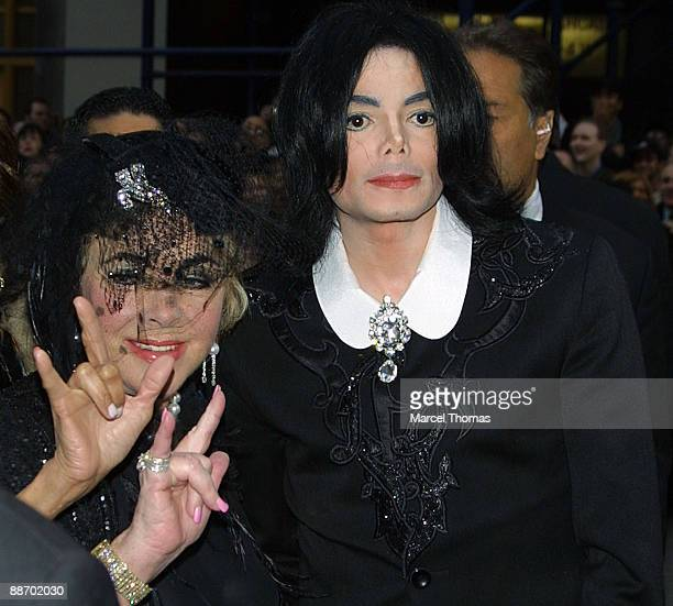 Michael Jackson and Elizabeth Taylor attend the wedding of Liza Minnelli and David Gest on March 16 2002 in New York City
