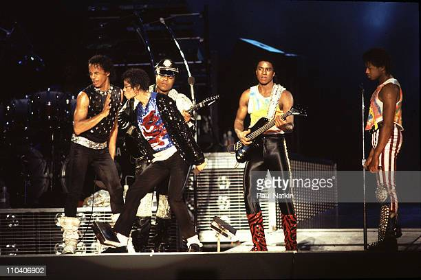 Jacksons Victory Tour Opening