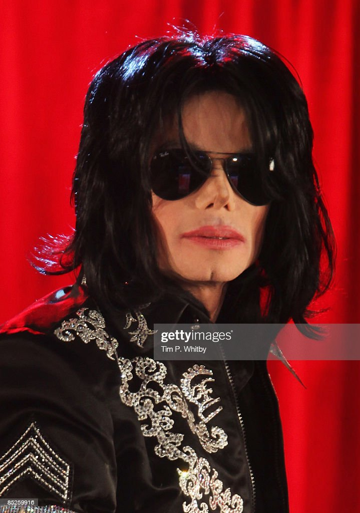 <a gi-track='captionPersonalityLinkClicked' href=/galleries/search?phrase=Michael+Jackson&family=editorial&specificpeople=70011 ng-click='$event.stopPropagation()'>Michael Jackson</a> announces plans for Summer residency at the O2 Arena at a press conference held at the O2 Arena on March 5, 2009 in London, England.