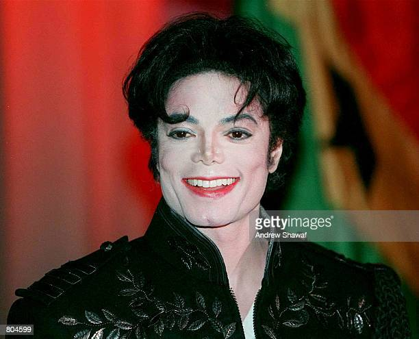 Michael Jackson attends a charity event November 1 1995 for Africa