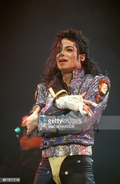 Michael Jackson en concert a l'hippodrome de ParisVincennes lors de sa tournee Dangerous Tour le 13 septembre 1992 a Paris France
