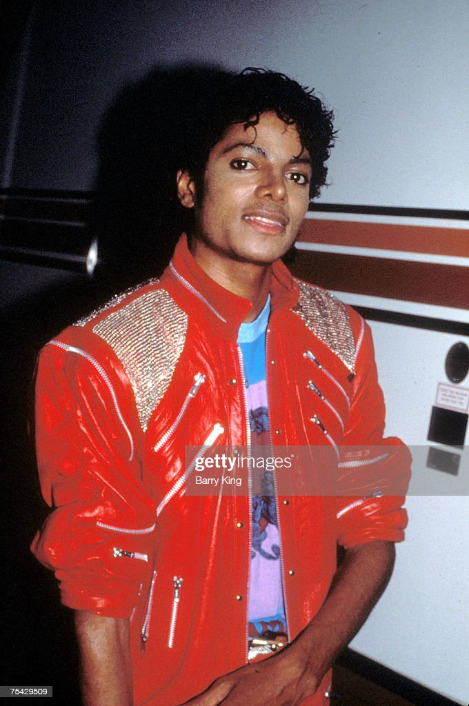 <a gi-track='captionPersonalityLinkClicked' href=/galleries/search?phrase=Michael+Jackson&family=editorial&specificpeople=70011 ng-click='$event.stopPropagation()'>Michael Jackson</a> on set of his video 'Beat It' in downtown Los Angeles