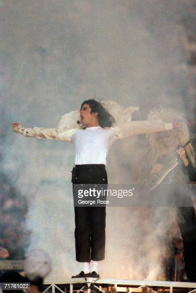 Michael Jackson performs during the Halftime show as the Dallas Cowboys take on the Buffalo Bills in Super Bowl XXVII at Rose Bowl on January 31 1993...