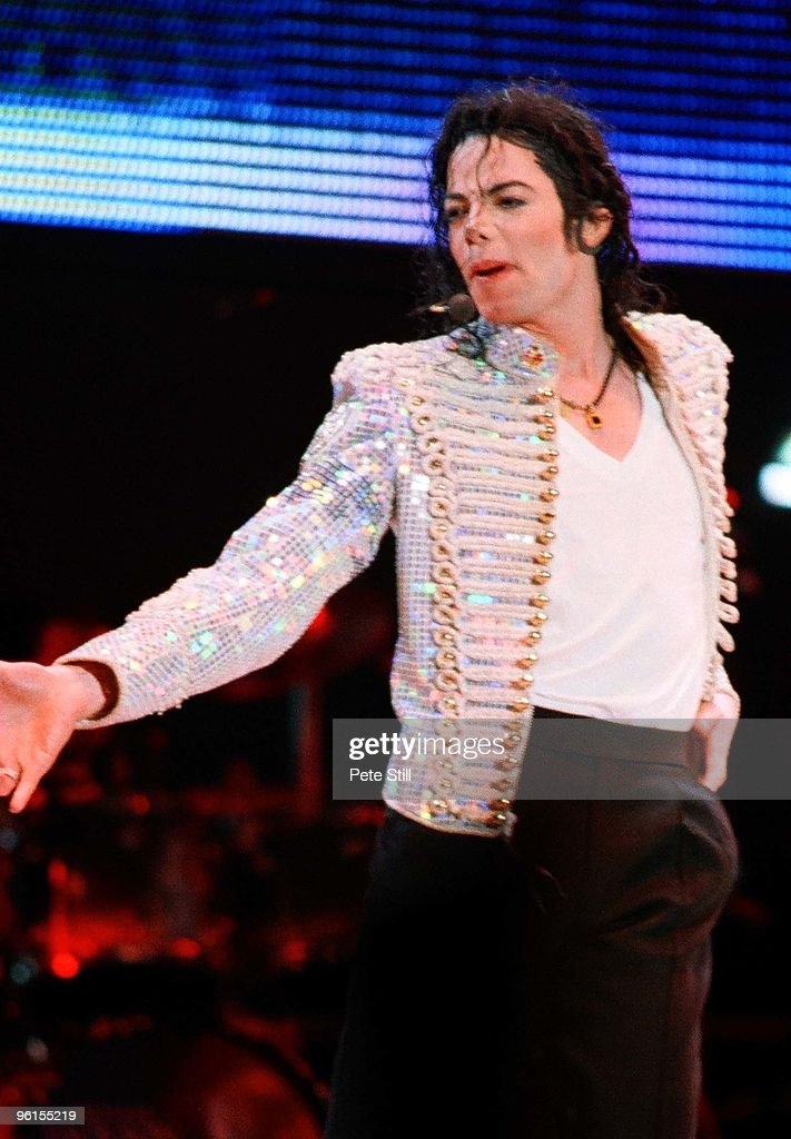 <a gi-track='captionPersonalityLinkClicked' href=/galleries/search?phrase=Michael+Jackson&family=editorial&specificpeople=70011 ng-click='$event.stopPropagation()'>Michael Jackson</a> performs on stage on his HIStory tour at the Don Valley Stadium on July 9th 1997 in Sheffield, United Kingdom.