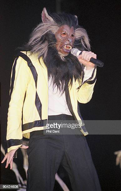 Michael Jackson performs 'Thriller' on stage on his HIStory tour in December 1996