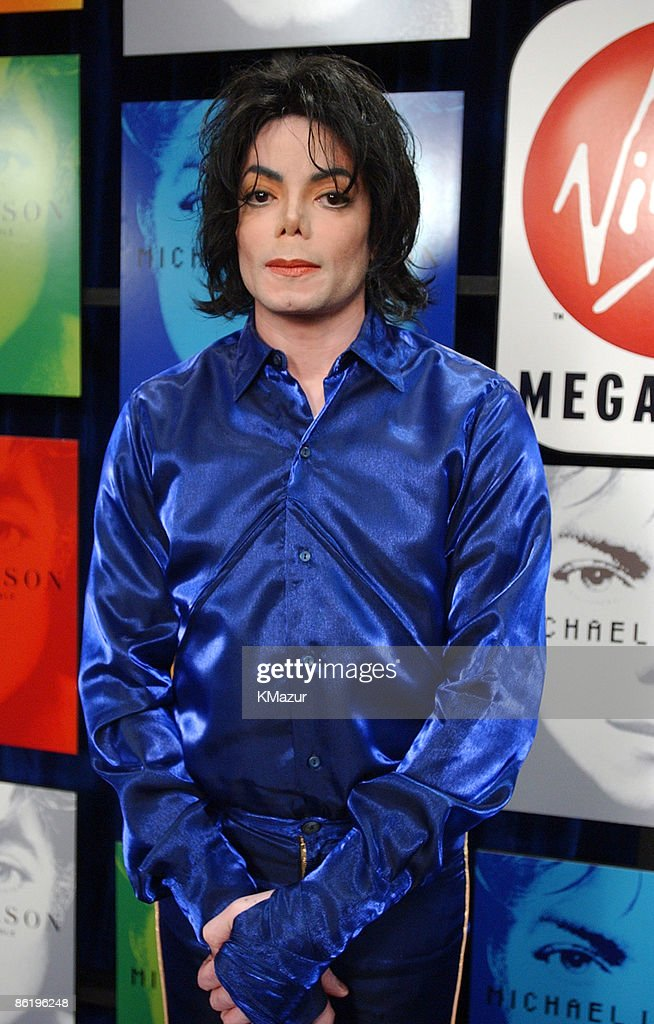 <a gi-track='captionPersonalityLinkClicked' href=/galleries/search?phrase=Michael+Jackson&family=editorial&specificpeople=70011 ng-click='$event.stopPropagation()'>Michael Jackson</a>
