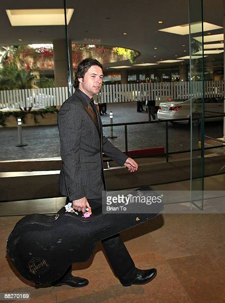 Michael Johns American Idol 2008 finalist attends the 10th Annual Covenant House Awards Gala at The Beverly Hilton Hotel on June 5 2009 in Beverly...