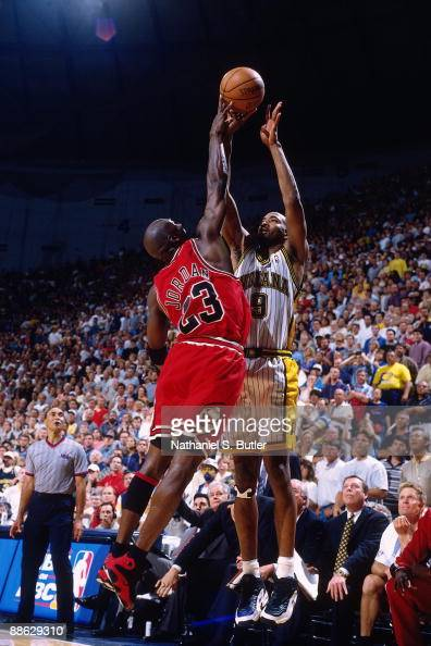 1998 Eastern Conference Finals, Game 4: Chicago Bulls vs ...