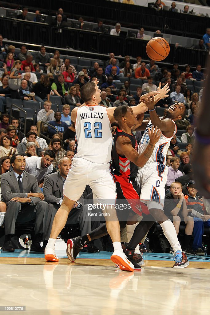 <a gi-track='captionPersonalityLinkClicked' href=/galleries/search?phrase=Michael+Kidd-Gilchrist&family=editorial&specificpeople=8526214 ng-click='$event.stopPropagation()'>Michael Kidd-Gilchrist</a> #14 of the Charlotte Bobcats on the steal against the Toronto Raptors at the Time Warner Cable Arena on November 21, 2012 in Charlotte, North Carolina.