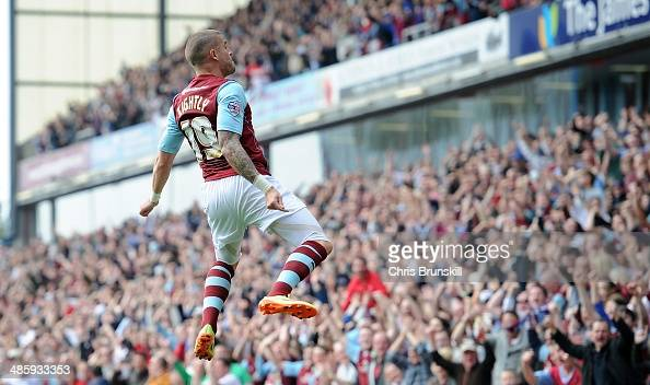 Michael Kightly of Burnley celebrates scoring their second goal during the Sky Bet Championship match between Burnley and Wigan Athletic at Turf Moor...