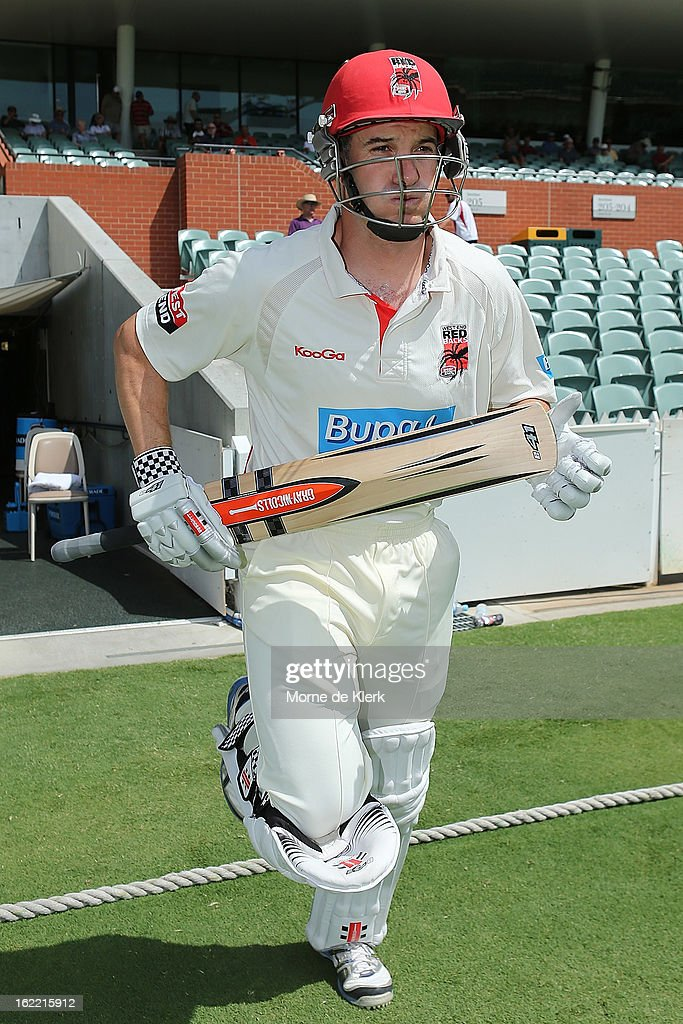 <a gi-track='captionPersonalityLinkClicked' href=/galleries/search?phrase=Michael+Klinger&family=editorial&specificpeople=791573 ng-click='$event.stopPropagation()'>Michael Klinger</a> of the Redbacks comes onto the field to bat during day three of the Sheffield Shield match between the South Australian Redbacks and the New South Wales Blues at Adelaide Oval on February 21, 2013 in Adelaide, Australia.