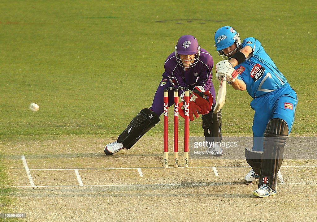 <a gi-track='captionPersonalityLinkClicked' href=/galleries/search?phrase=Michael+Klinger&family=editorial&specificpeople=791573 ng-click='$event.stopPropagation()'>Michael Klinger</a> of the Strikers bats during the Big Bash League match between the Hobart Hurricanes and the Adelaide Strikers at Blundstone Arena on January 5, 2013 in Hobart, Australia.