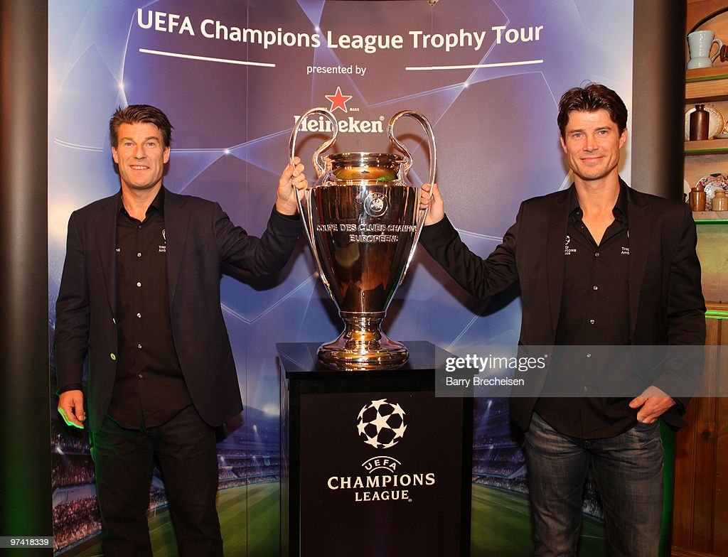 <a gi-track='captionPersonalityLinkClicked' href=/galleries/search?phrase=Michael+Laudrup&family=editorial&specificpeople=2380115 ng-click='$event.stopPropagation()'>Michael Laudrup</a> and <a gi-track='captionPersonalityLinkClicked' href=/galleries/search?phrase=Brian+Laudrup&family=editorial&specificpeople=2111290 ng-click='$event.stopPropagation()'>Brian Laudrup</a> attend the Heineken Brings UEFA Champions League Trophy at Fado Irish Pub on March 3, 2010 in Chicago, Illinois.