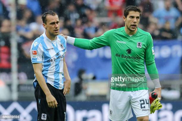 Michael Liendl of 1860 Munich Goalkeeper Stefan Ortega of 1860 Munich looks dejected during the Second Bundesliga match between TSV 1860 Muenchen and...