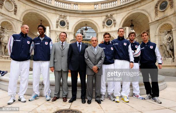 Michael LLODRA / Arnaud CLEMENT / Gilles SIMON / Gerard COLLOMB / JEan GACHASSIN / Gael MONFILS / Guy FORGET / Richard GASQUET Equipe de France 1/2...