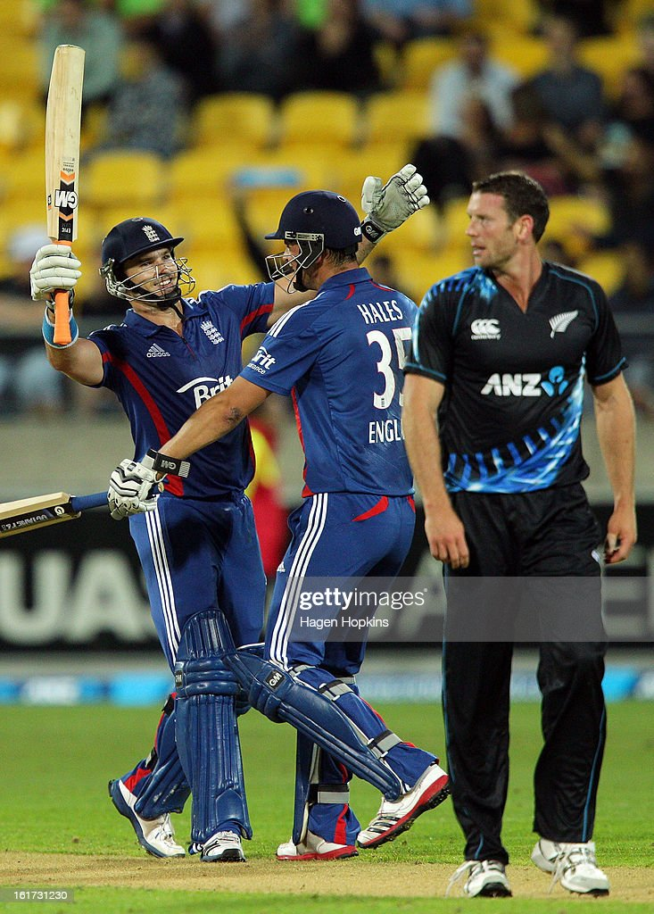 Michael Lumb (L) and Alex Hales of England celebrate after winning the third Twenty20 International match between New Zealand and England at Westpac Stadium on February 15, 2013 in Wellington, New Zealand.