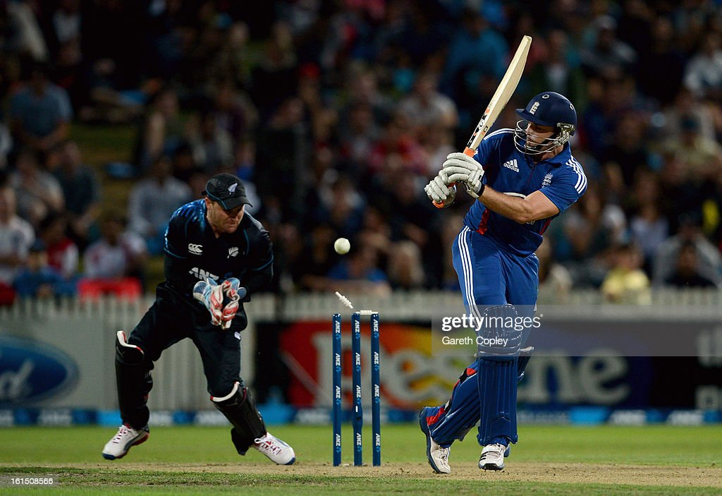 Michael Lumb of England is bowled by Nathan McCullum of Zealand during the international Twenty20 match between New Zealand and England at Seddon Park on February 12, 2013 in Hamilton, New Zealand.