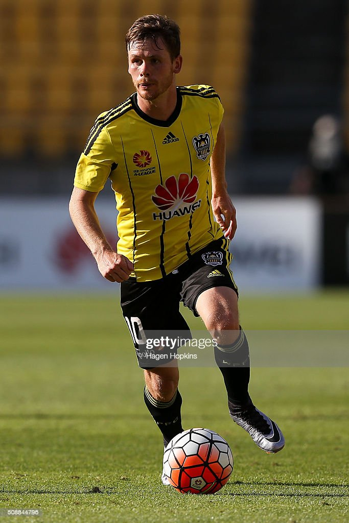 Michael McGlinchey of the Phoenix in action during the round 18 A-League match between Wellington Phoenix and Perth Glory at Westpac Stadium on February 7, 2016 in Wellington, New Zealand.
