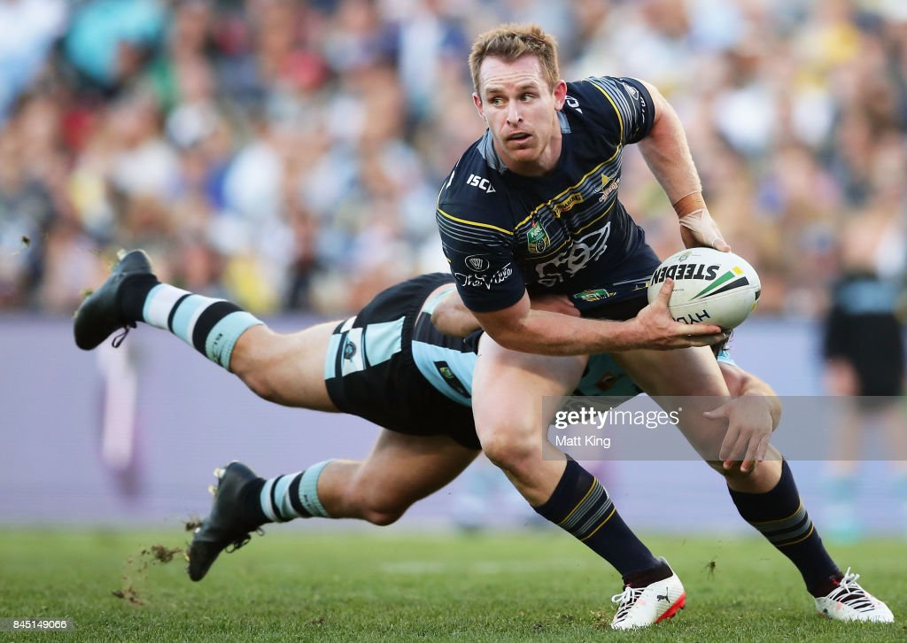 Michael Morgan of the Cowboys looks for support during the NRL Elimination Final match between the Cronulla Sharks and the North Queensland Cowboys at Allianz Stadium on September 10, 2017 in Sydney, Australia.