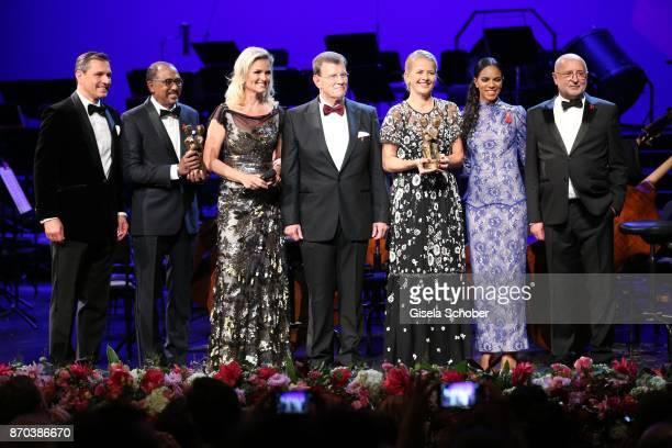 Michael Mronz Michel Sidibe Unaids Executive Director with award Carola Ferstl Alard von Rohr IKH Princess Mabel von OranienNassau Mabel Wisse Smit...