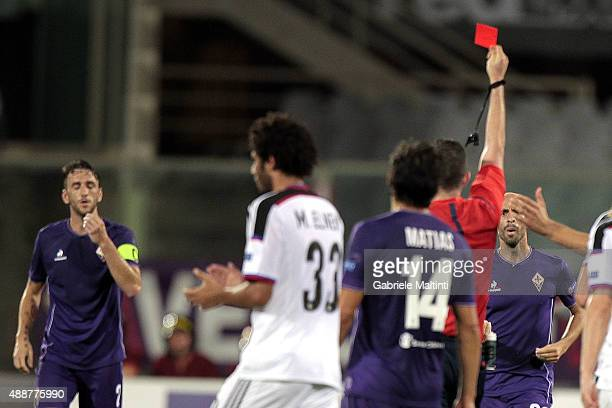 Michael Oliver referee show the red card to Gonzalo Rodriguez of ACF Fiorentina during the UEFA Europa League match between Fiorentina and Basel on...