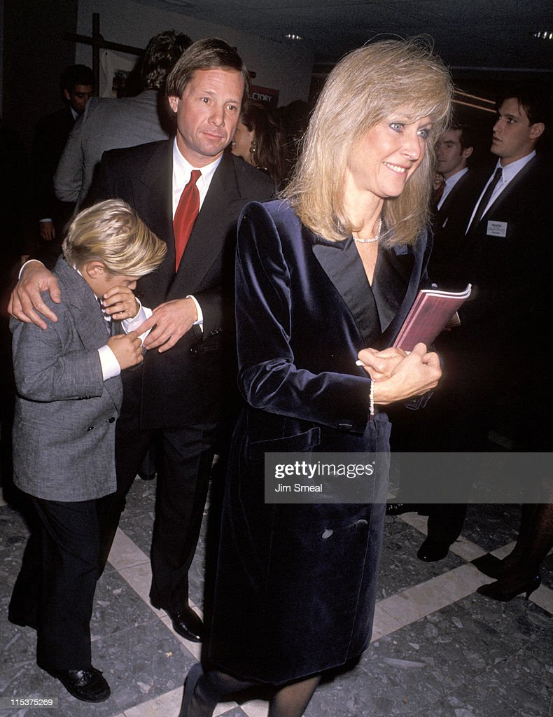 Michael Ovitz with wife Jane and son during 'Dances With Wolves' Los Angeles Premiere at Cineplex Odeon Cinema in Los Angeles California United States