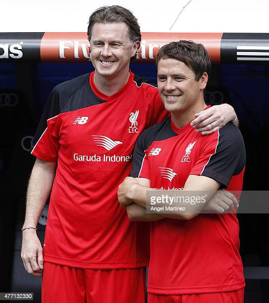 Michael Owen and Steve McManaman of Liverpool Legends look on before the Corazon Classic charity match between Real Madrid Leyendas and Liverpool...