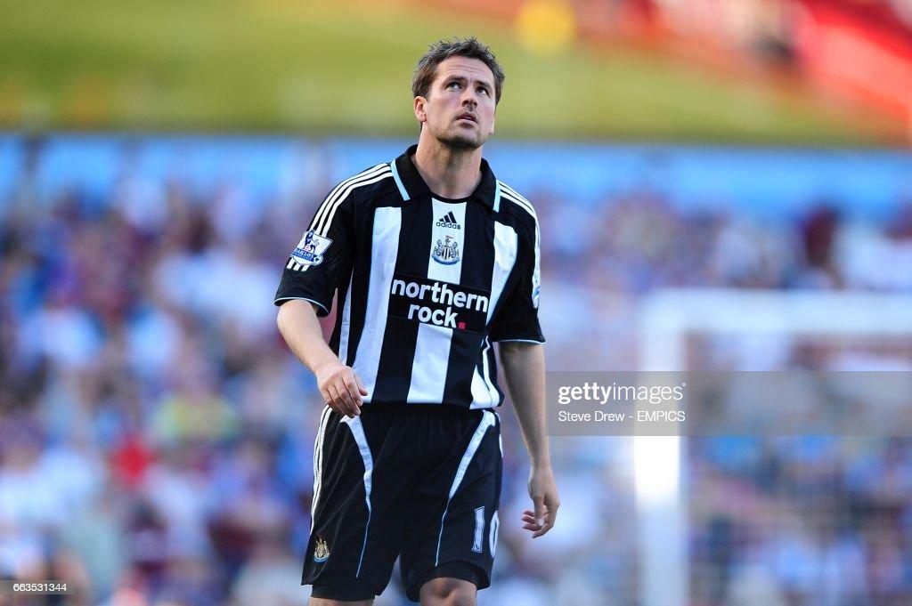 Soccer - Barclays Premier League - Aston Villa v Newcastle United - Villa Park : News Photo