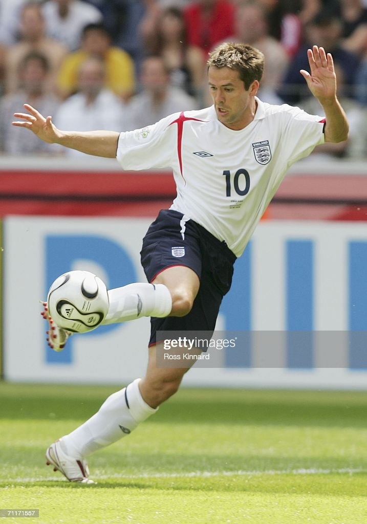 Michael Owen of England controls the ball during the FIFA World Cup Germany 2006 Group B match between England and Paraguay at the Stadium Frankfurt...