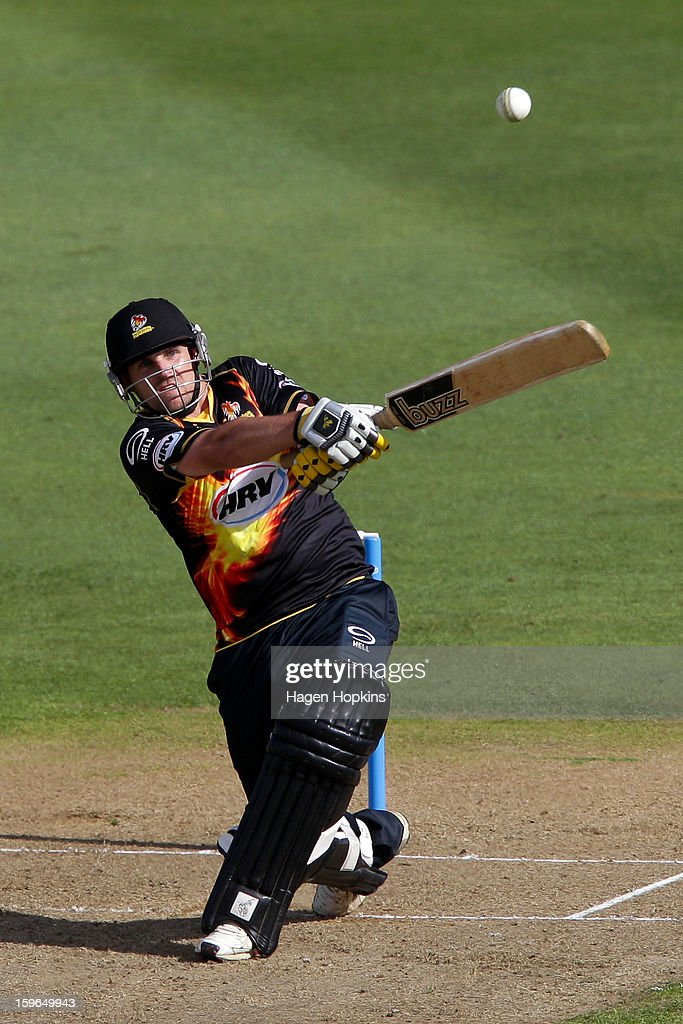Michael Papps of Wellington bats during the HRV Cup Twenty20 Preliminary Final between the Wellington Firebirds and the Auckland Aces at Basin Reserve on January 18, 2013 in Wellington, New Zealand.