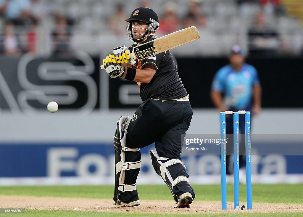 Michael Papps of Wellington bats during the HRV Cup Twenty20 match between the Auckland Aces and Wellington Firebirds at Eden Park on December 28, 2012 in Auckland, New Zealand.