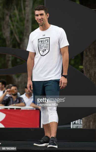 Michael Phelps attends a public training session as an Under Armour Ambassador at The Rosedal on December 7 2017 in Buenos Aires Argentina