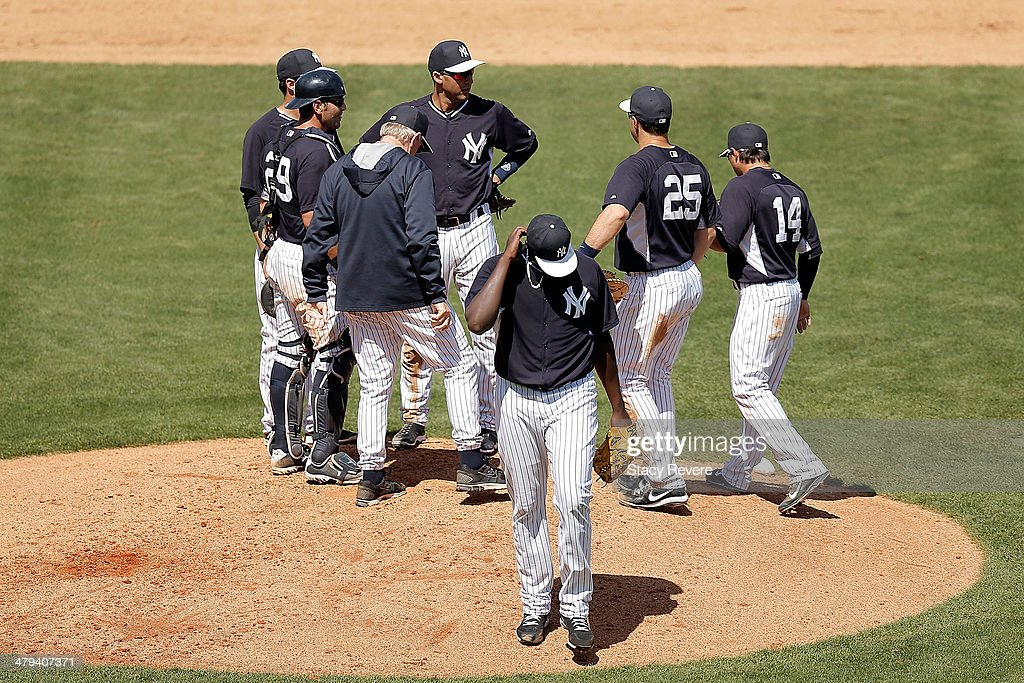 <a gi-track='captionPersonalityLinkClicked' href=/galleries/search?phrase=Michael+Pineda&family=editorial&specificpeople=7509057 ng-click='$event.stopPropagation()'>Michael Pineda</a> #35 of the New York Yankees leaves the game in the fifth inning of a game against the Boston Red Sox at George M. Steinbrenner Field on March 18, 2014 in Tampa, Florida.