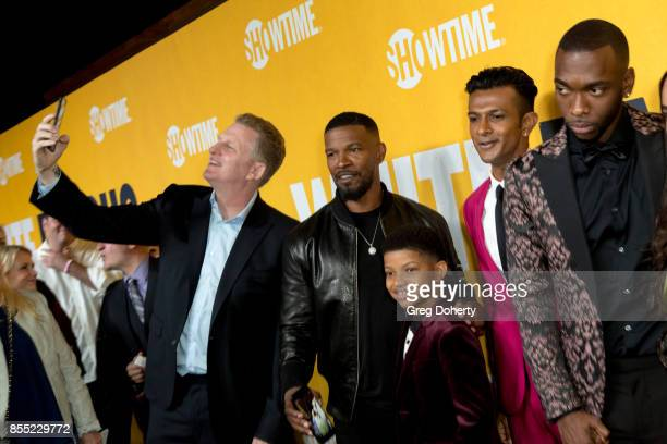 Michael Rapaport shoots a selfie with Jamie FoxxLonnie Chavis Utkarsh Ambudkar and Jay Pharoah at the Premiere Of Showtime's 'White Famous' at The...
