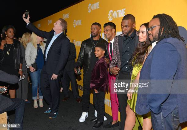 Michael Rapaport takes a selfie with Jamie Foxx Lonnie Chavis Utkarsh Ambudkar Jay Pharoah Cleopatra Coleman and Jacob MingTrent at the premiere of...