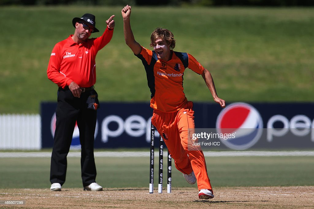 Michael Rippon of The Netherlands celebrates taking a wicket during an ICC World Cup qualifying playoff between The Netherlands and Canada on January 28, 2014 in Mount Maunganui, New Zealand.