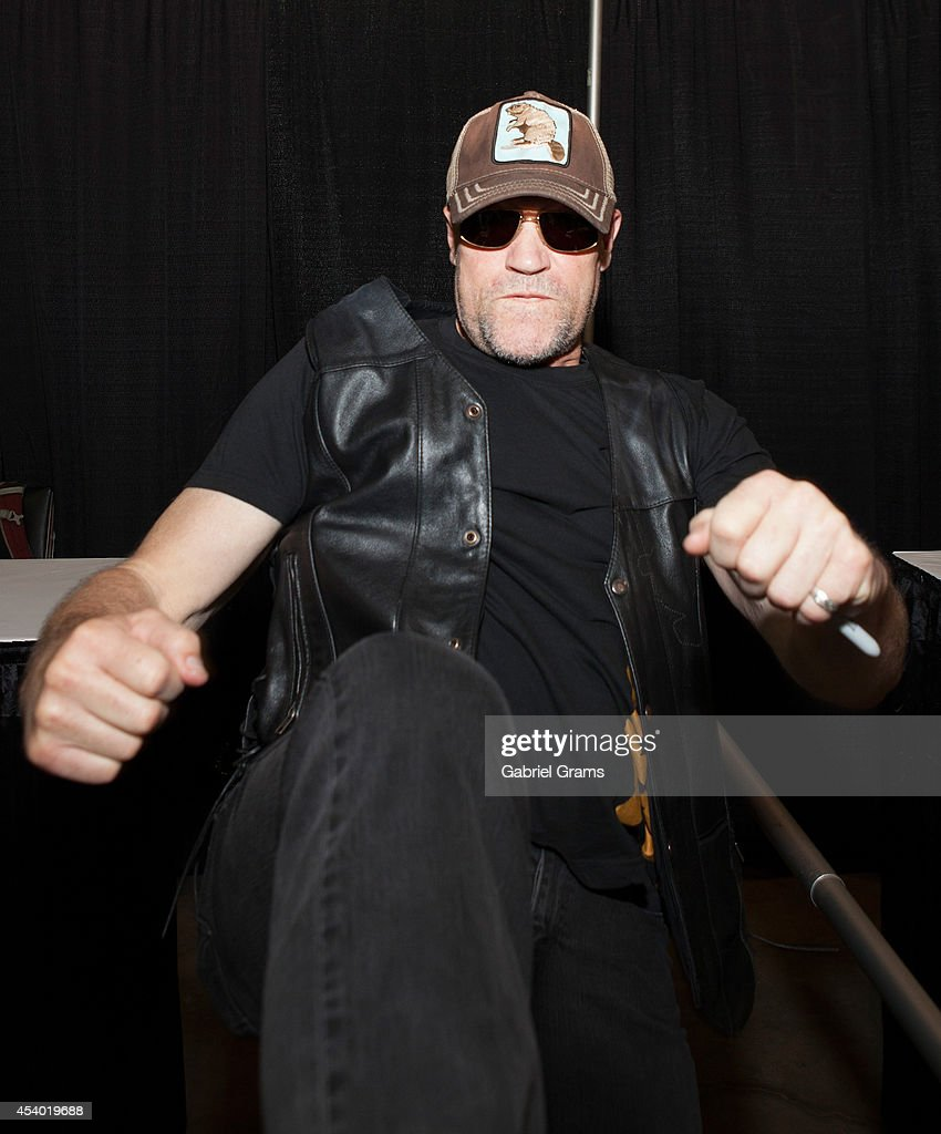 <a gi-track='captionPersonalityLinkClicked' href=/galleries/search?phrase=Michael+Rooker&family=editorial&specificpeople=640228 ng-click='$event.stopPropagation()'>Michael Rooker</a> attends Wizard World Chicago Comic Con 2014 at Donald E. Stephens Convention Center on August 23, 2014 in Chicago, Illinois.