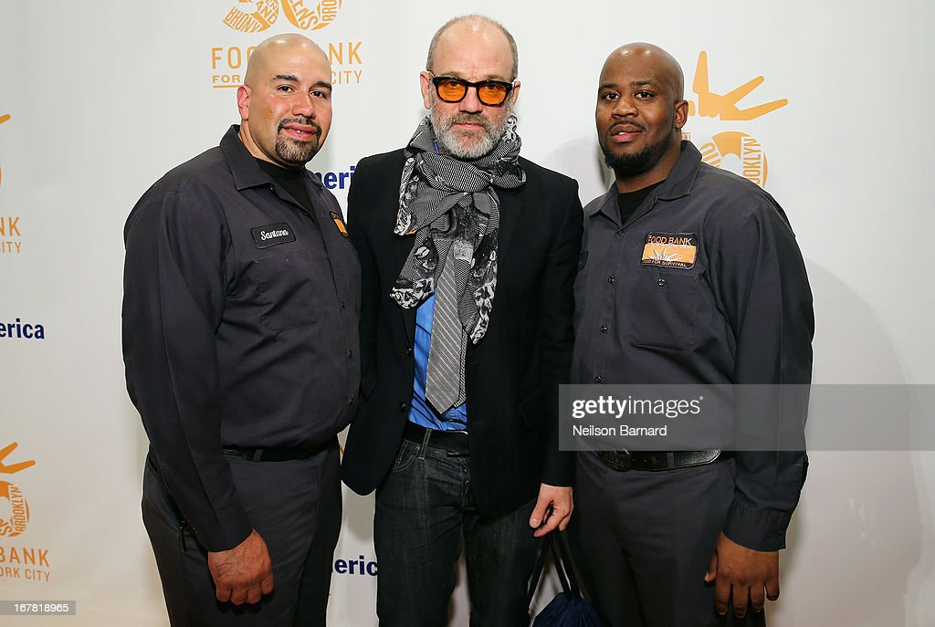<a gi-track='captionPersonalityLinkClicked' href=/galleries/search?phrase=Michael+Stipe&family=editorial&specificpeople=178318 ng-click='$event.stopPropagation()'>Michael Stipe</a> poses with Santana (L) and Hace (R) from Food Bank For New York City at the Food Bank For New York City's Can-Do Awards celebrating 30 years of service to NYC on April 30, 2013 in New York City.