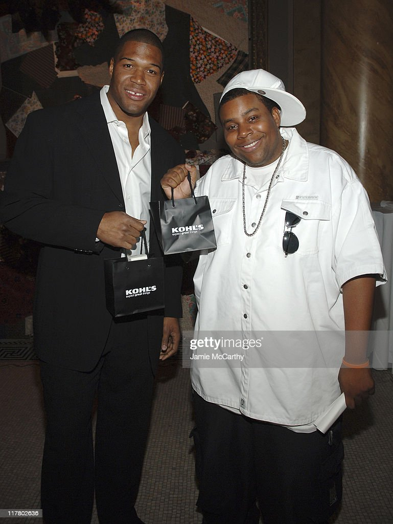 Michael Strahan and Kenan Thompson during 'Do Something' BRICK Awards Sponsered by Kohl's at Capitale in New York City, New York, United States.