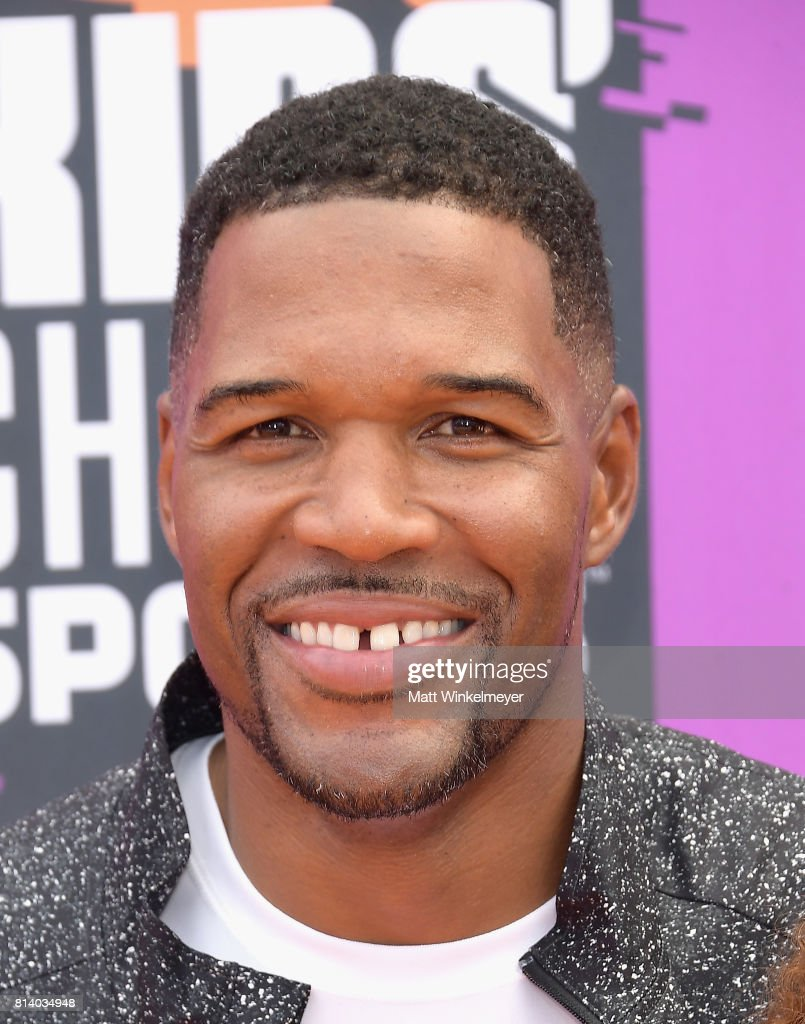 Michael Strahan attends Nickelodeon Kids' Choice Sports Awards 2017 at Pauley Pavilion on July 13, 2017 in Los Angeles, California.