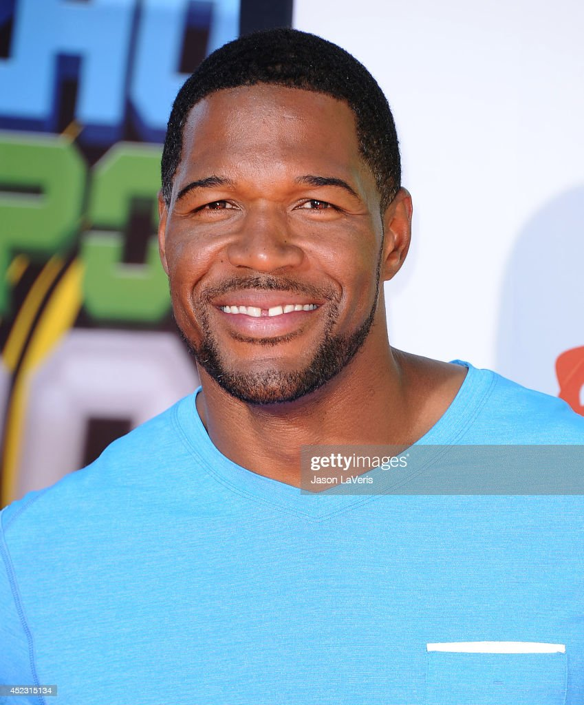<a gi-track='captionPersonalityLinkClicked' href=/galleries/search?phrase=Michael+Strahan&family=editorial&specificpeople=210563 ng-click='$event.stopPropagation()'>Michael Strahan</a> attends the 2014 Nickelodeon Kids' Choice Sports Awards at Pauley Pavilion on July 17, 2014 in Los Angeles, California.