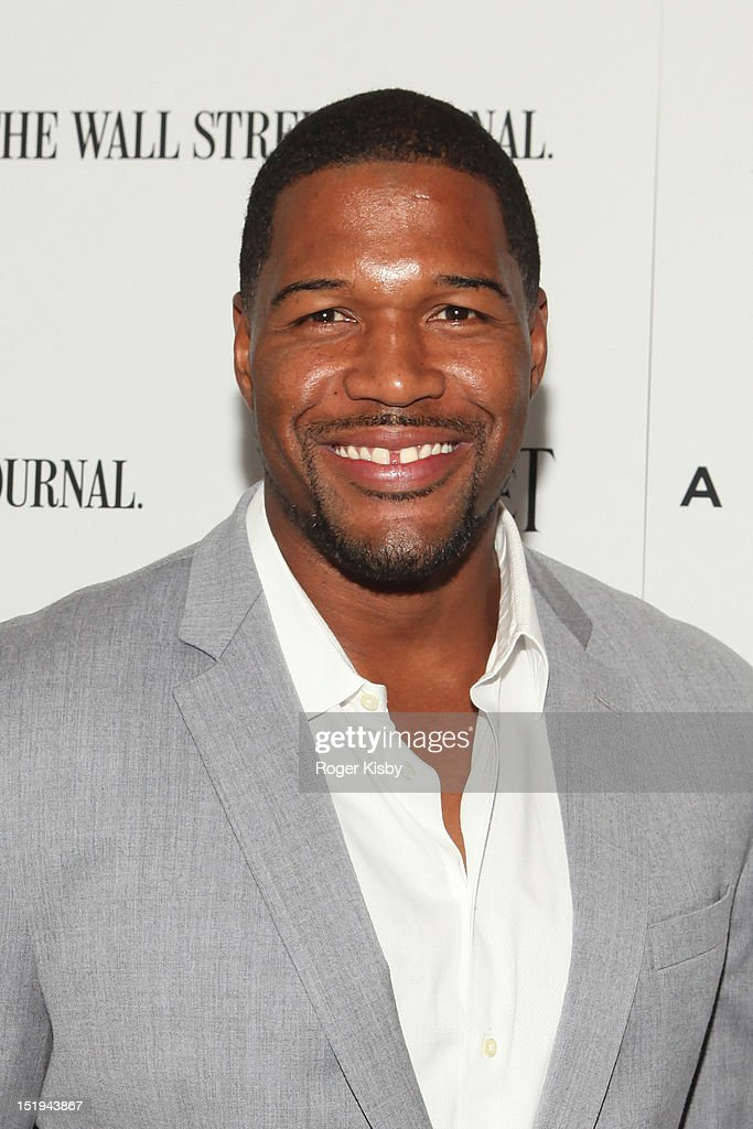 <a gi-track='captionPersonalityLinkClicked' href=/galleries/search?phrase=Michael+Strahan&family=editorial&specificpeople=210563 ng-click='$event.stopPropagation()'>Michael Strahan</a> attends the 'Arbitrage' New York Premiere at Walter Reade Theater on September 12, 2012 in New York City.