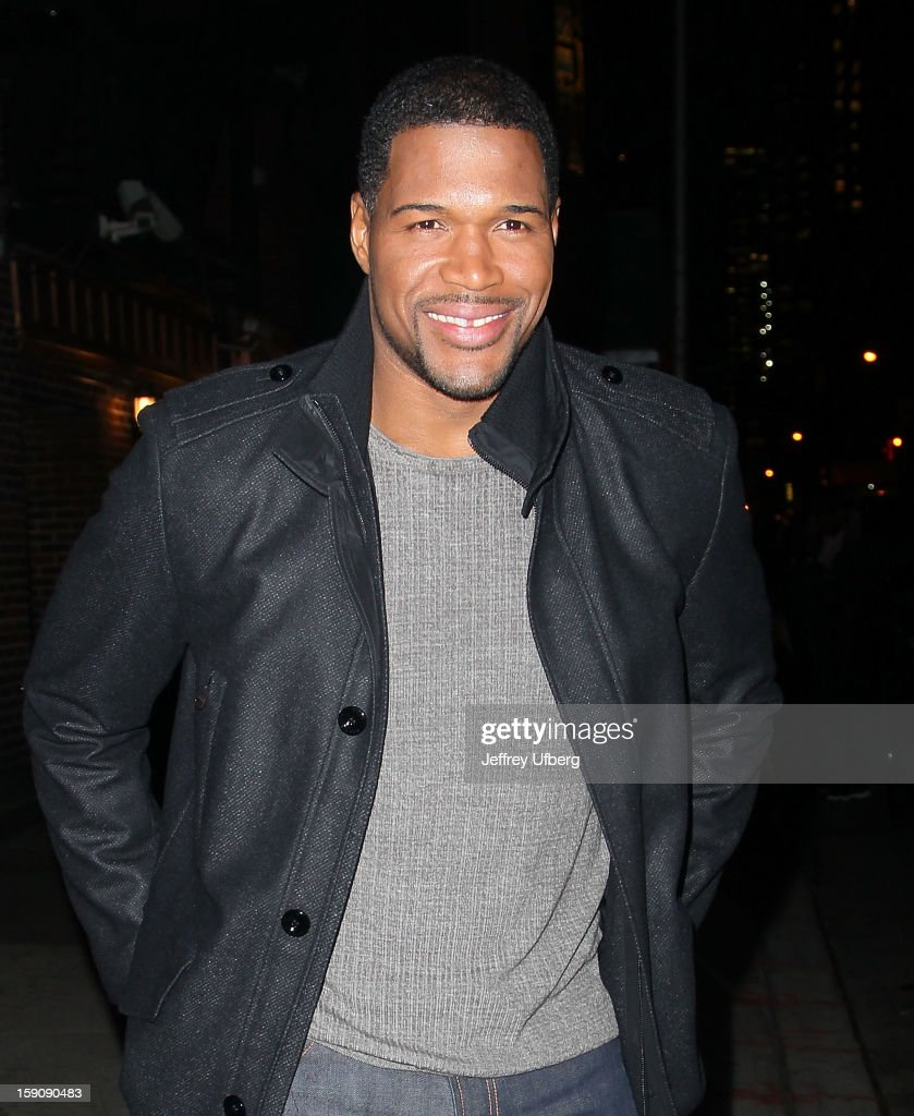 Michael Strahan departs 'Late Show with David Letterman' at Ed Sullivan Theater on January 7, 2013 in New York City.