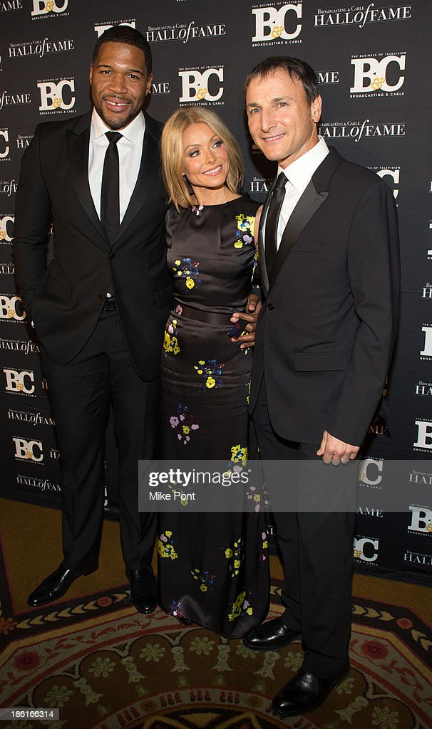 Michael Strahan, Kelly Ripa and Michael Gelman attend the Broadcasting and Cable 23rd Annual Hall of Fame Awards Dinner at The Waldorf Astoria on October 28, 2013 in New York City.