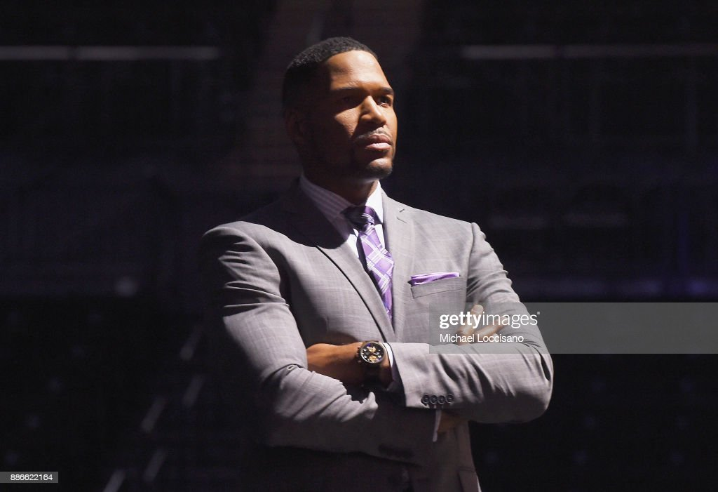 Michael Strahan presents the 2017 Sportsperson of the Year Award during the SPORTS ILLUSTRATED 2017 Sportsperson of the Year Show on December 5, 2017 at Barclays Center in New York City. Tune in to NBCSN on December 8 at 8 p.m. ET or Univision Deportes Network on December 9 at 8 p.m. ET to watch the one hour SPORTS ILLUSTRATED Sportsperson of the Year special.
