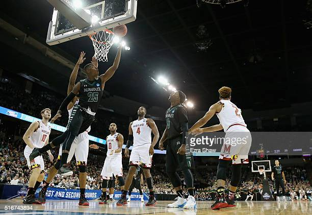 Michael Thomas of the Hawaii Warriors shoots against the Maryland Terrapins in the first half during the second round of the 2016 NCAA Men's...