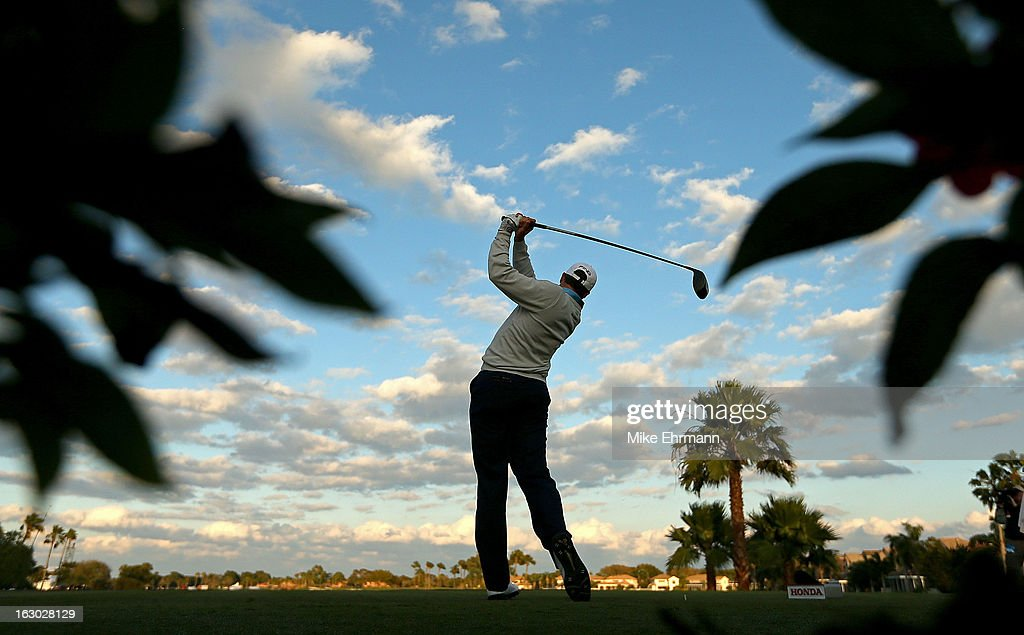Michael Thompson hits his tee shot on the 18th hole during the final round of the Honda Classic at PGA National Resort and Spa on March 3, 2013 in Palm Beach Gardens, Florida.
